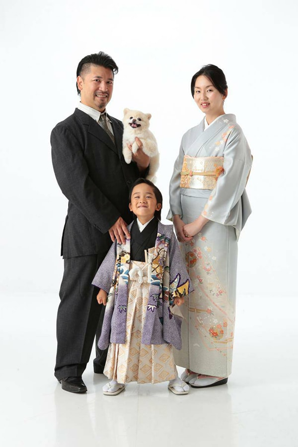 ご家族のお写真をお借りました。素敵なご家族!
