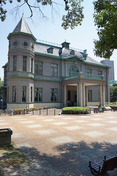 レトロな佇まい。旧福岡県公会堂貴賓館