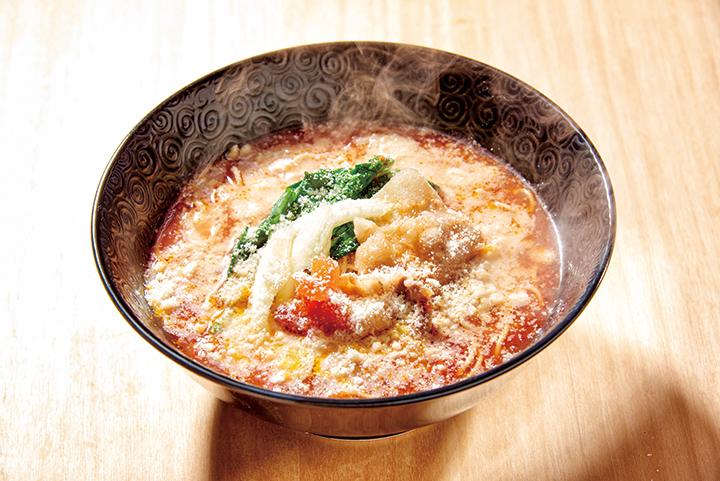 トマトラーメン(チーズ乗せ)