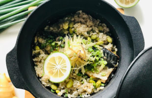 焼き鯖と枝豆の炊き込みご飯